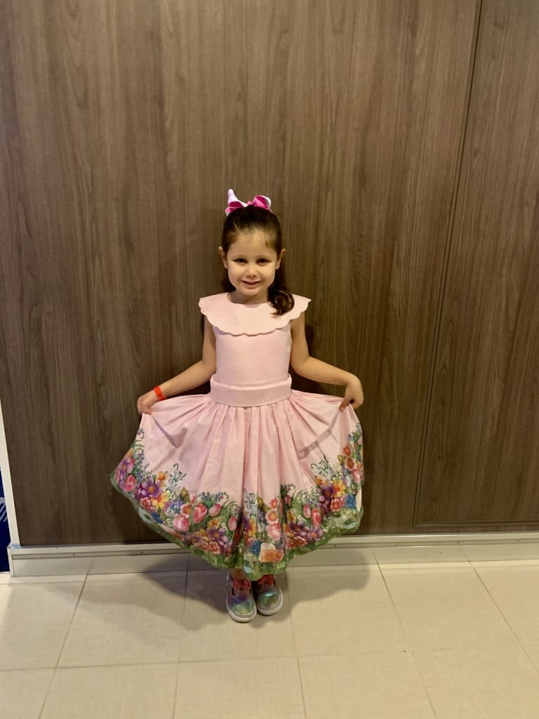 Harmony Of The Seas Daughter Dressed Up For Formal Night