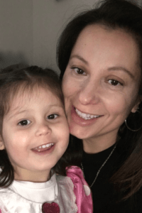 Shout Out To Single Moms - Mom and Daughter