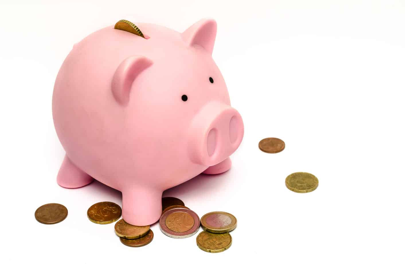 Simple Ways To Save Money Piggy Bank With Coins